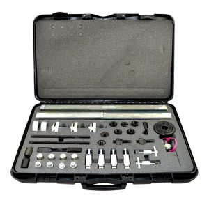 Universal-injector-removal-kit-with-hydraulic-piston