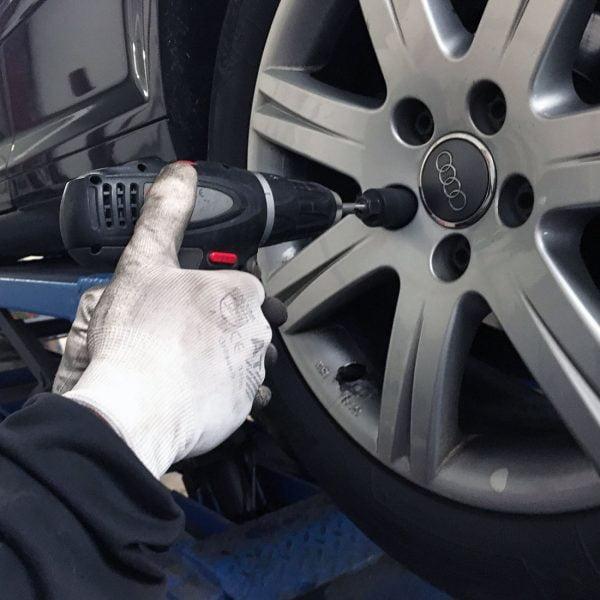Lugdriller Locking Wheel Nut Removal Kit
